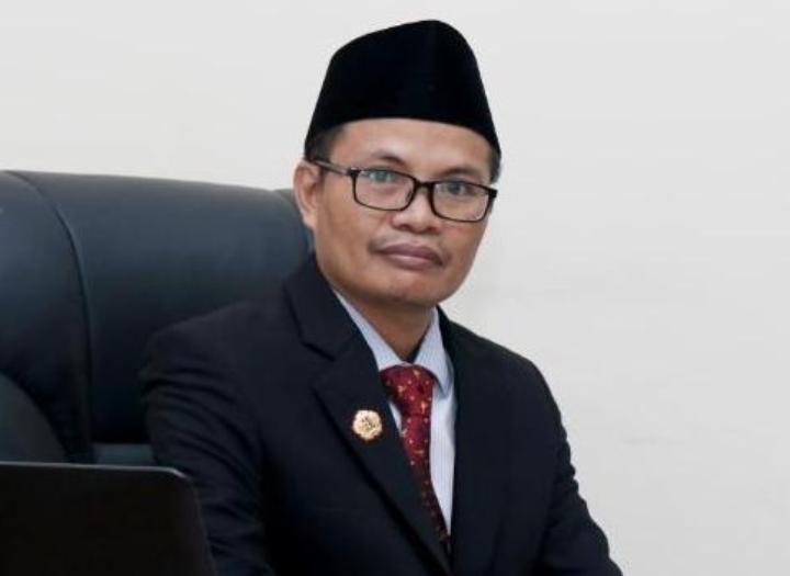 Dr. H. Adib, M.Ag