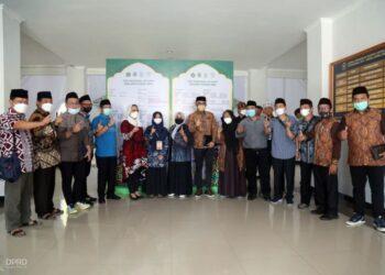 Komisi V Provinsi Jawa Barat saat menghadiri acara Seleksi Tilawatil Qur'an dan Hadits (STQH) XXVI Tingkat Nasional Tahun 2021, acara diselenggarakan di Kota Sofifi Provinsi Maluku Utara. (Humas DPRD Jabar/ Rizky Ramdhani)